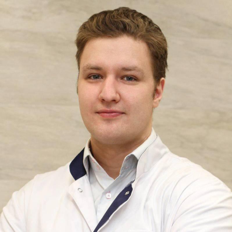 avatar Кирилл Назоев