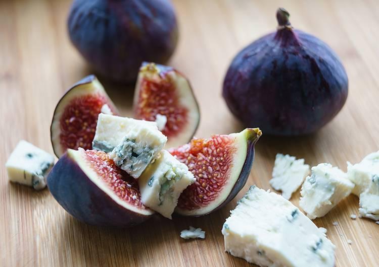 Беременным почему нельзя сыр с плесенью 117