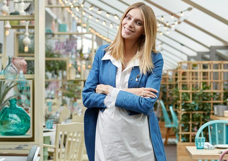 Работа моделью для беременной в москве требуется девушка на постоянную работу